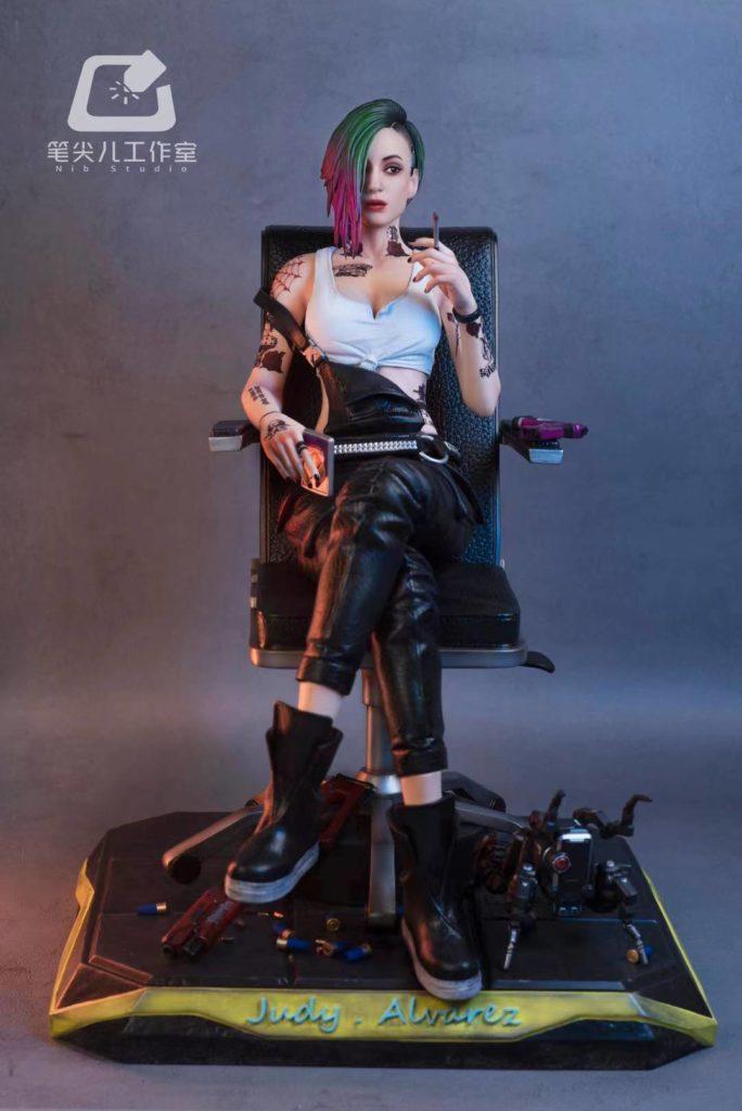 Фигурка раздетой Джуди Альварес из Cyberpunk 2077, это огонь🔥